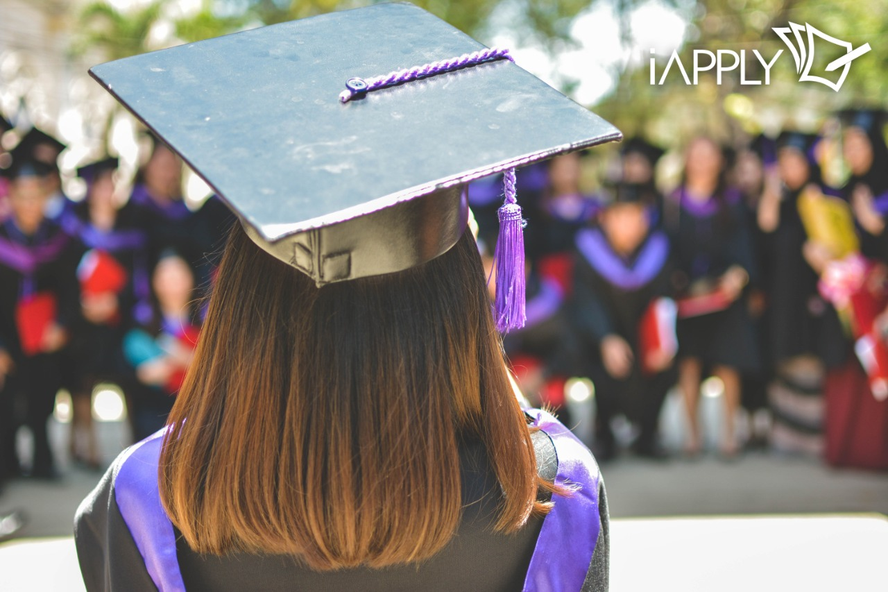 How to Apply for Post Graduate Diploma Courses in Canada